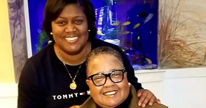 Denice Harris with her mom, Carolyn.