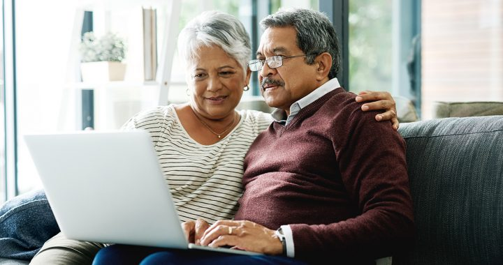 A couple using our online price estimator tool.